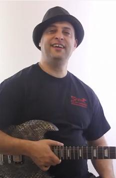 Harmony Guitar Lesson - Major Triad Inversion