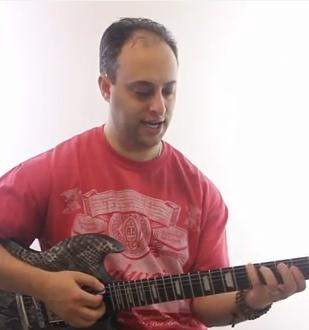 Triad-Chord-Lesson--Minor-Chord-Shapes