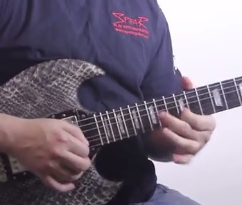 Blues solo with Meteoro Nitrous NDE15 Amp
