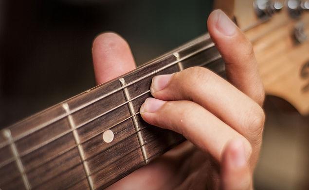 easy-songs-on-guitar_example.jpg