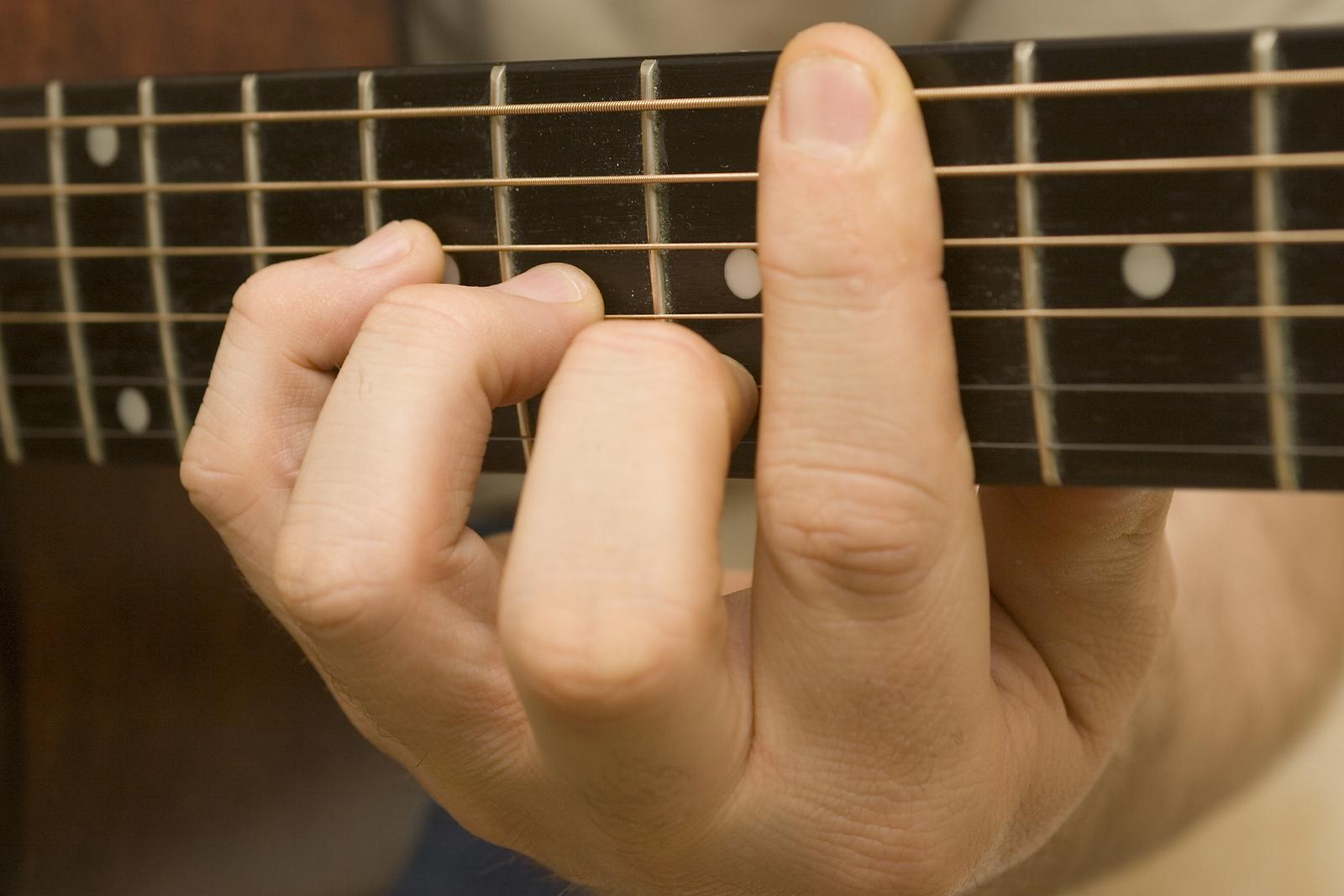 how-to-teach-yourself-guitar.jpg